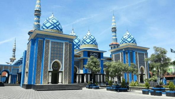 Karakteristik Bangunan Masjid Agung Baitul Hakim Madiun