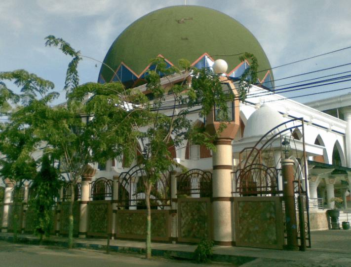 Masjid Agung Kota Sampang di Pulau Madura