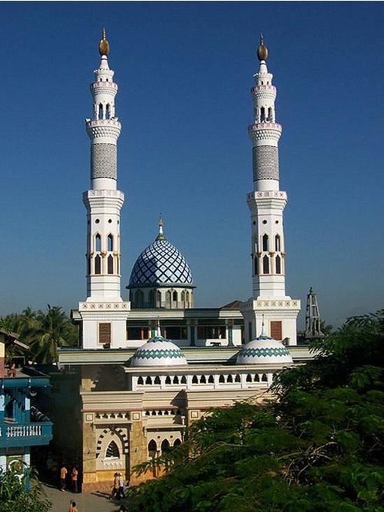 Masjid Agung Al-Kautsari Al-Aziziyah Dan Keunikan Kubahnya Di Lombok Barat