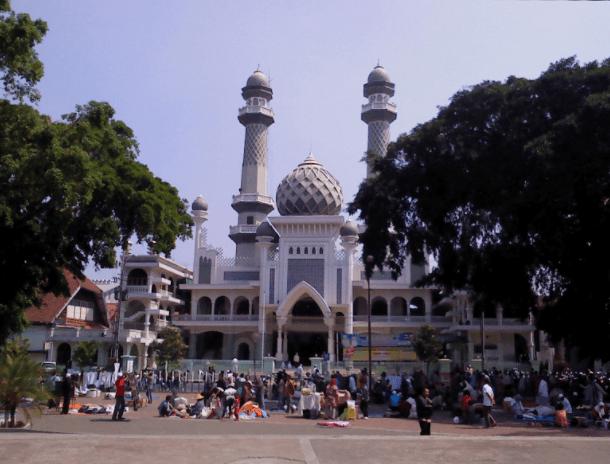 Detail Bangunan Masjid Agung Malang Dan Rahasia Air Sumbernya