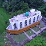 Uniknya Masjid kapal di Semarang