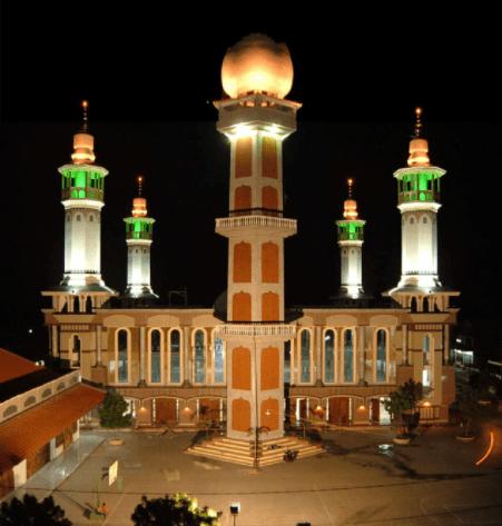 Corak Masjid Luhur Nur Hasan