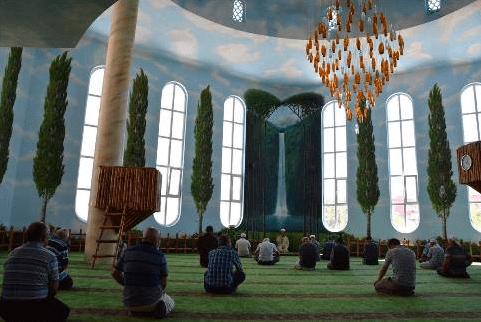 Masjid Taman Surga Hamidiye Kırşehir Turki