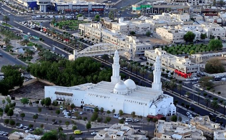 Masjid Qiblatain Masjid Dengan 2 Kiblat