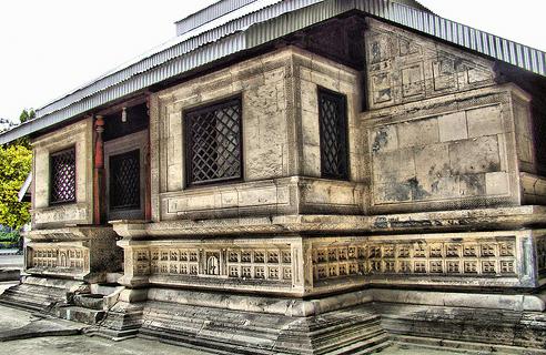 Masjid Hukuru Miskiiy – Masjid Tertua di Maladewa