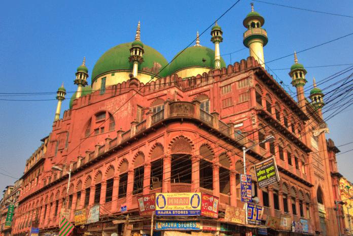 Masjid Nahkoda Kalkuta