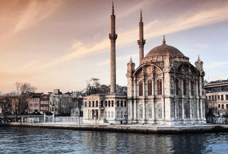 Masjid Ortakoy Istanbul