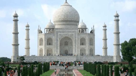 Masjid Taj Mahal, India
