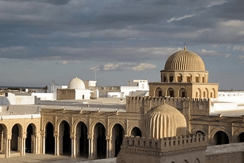 Masjid Uqba Bin Nafi di Tunisia
