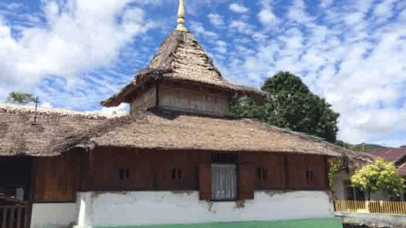 Masjid Wapauwe – Masjid Tertua Di Indonesia