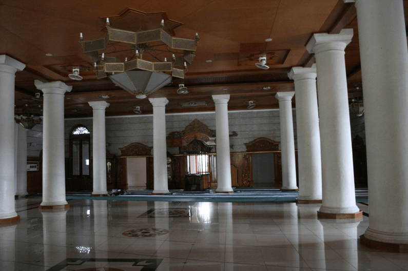 iinterior masjid agung sumedang