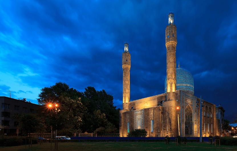 indahnya masjid petersburg.