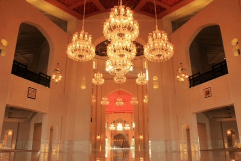 interior Masjid Agung Bahria