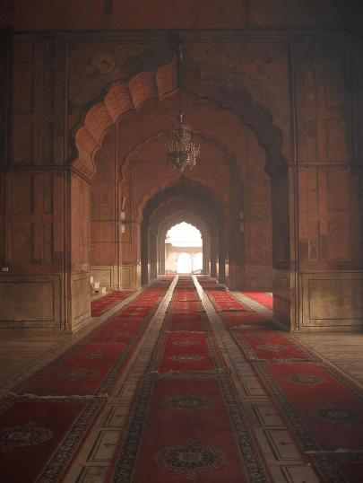 interior Masjid I-Jahan-Nuhma India