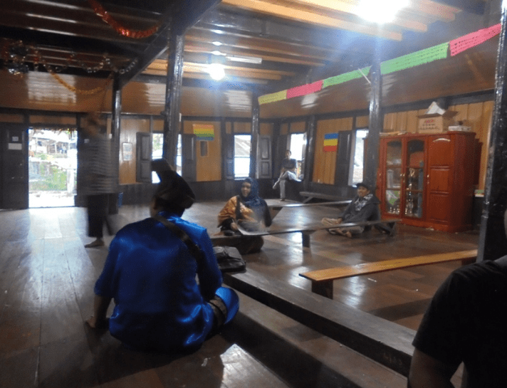 interior Masjid Lubuk Bauk