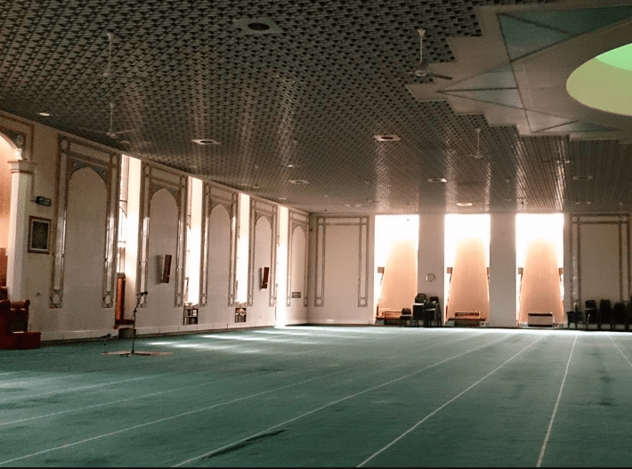 interior Masjid Sentral Glasgow