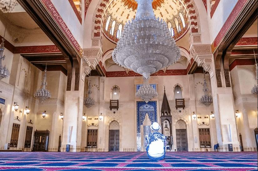 interior masjid chrismas