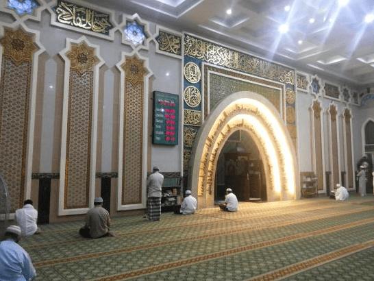 interior masjid senapelan