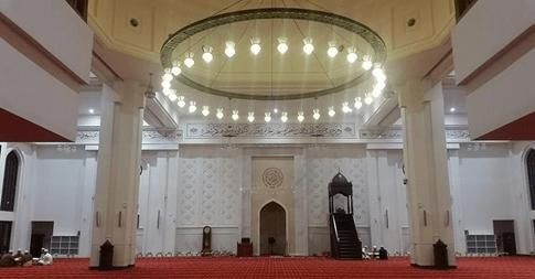 interior masjid tengku ampuan selangor