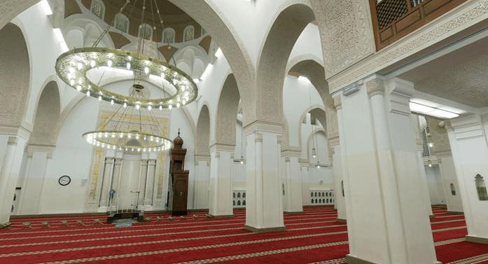 masid qiblatin interior