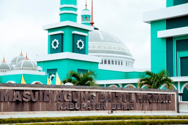 masjid agung baitul hikmah kabupaten berau