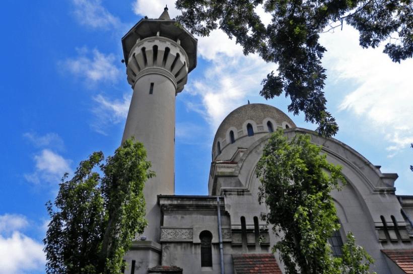 masjid agung di rumania