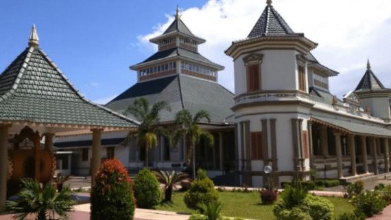 Masjid Agung Manonjaya, Tasikmalaya, Indonesia
