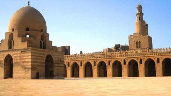 Masjid Ibnu Tulun – Masjid Unik di Area Kairo Mesir