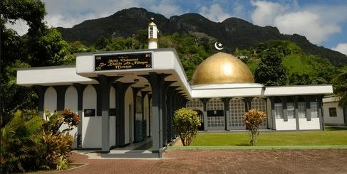 masjid mahe