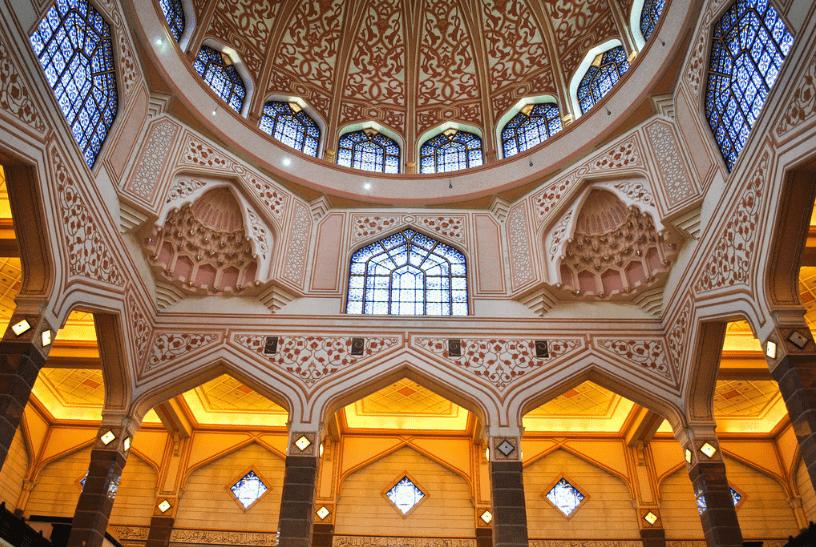 masjid putra interior