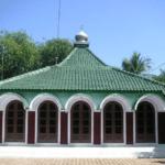 Masjid Saka Tunggal, masjid tertua di Indonesia