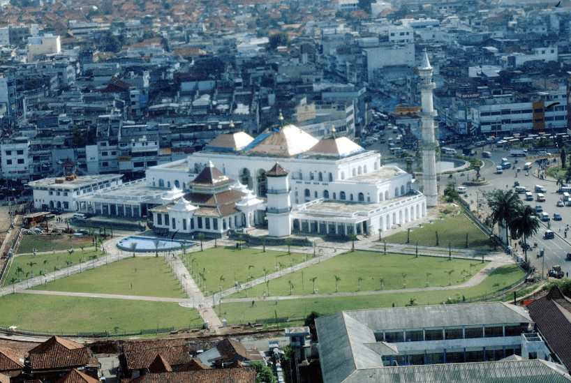 masjid sultan mahmud badaruddin.