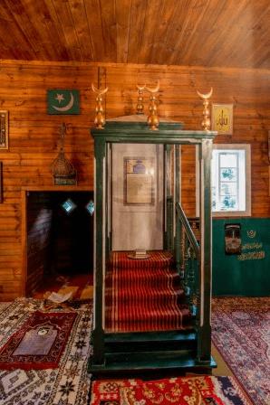 mimbar masjid kruszyniany