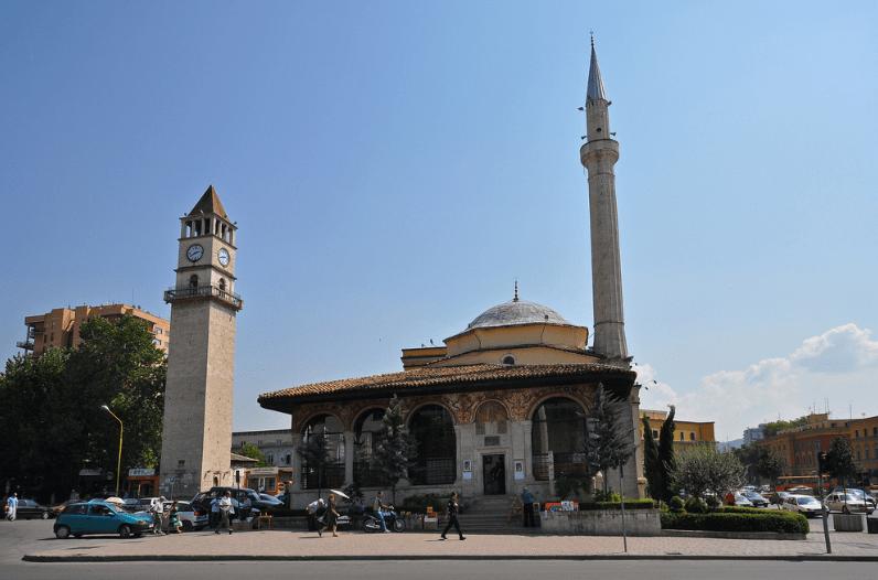 Masjid Et'hem Bey