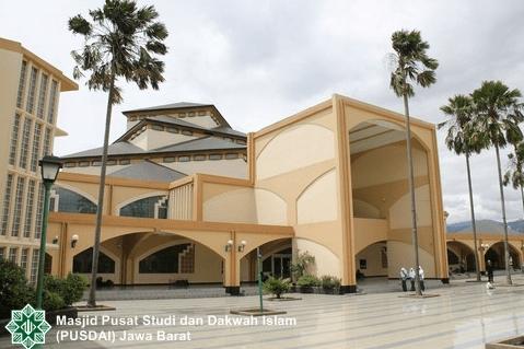Masjid PUSDAI – Jawa Barat