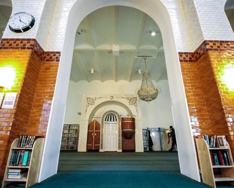 interior Masjid Agung Stockholm