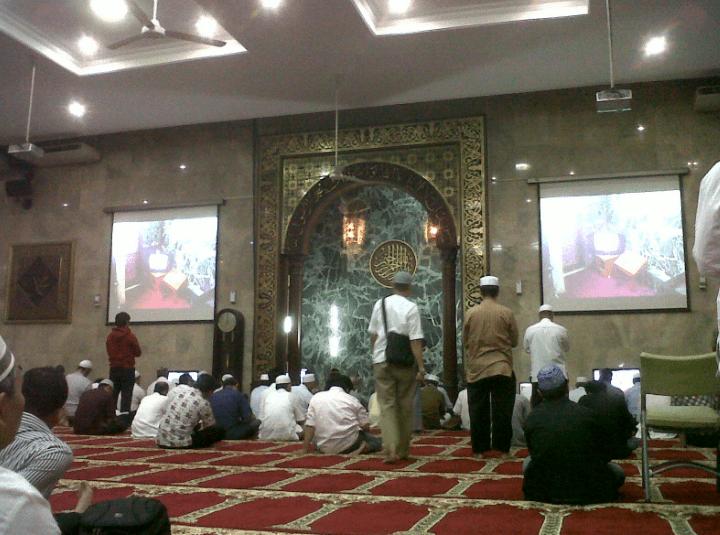 interior Masjid Agung Sunda Kelapa 2