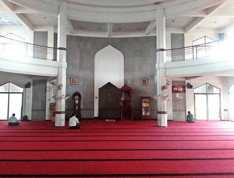 interior Masjid Al-Ikhlas Jatipadang