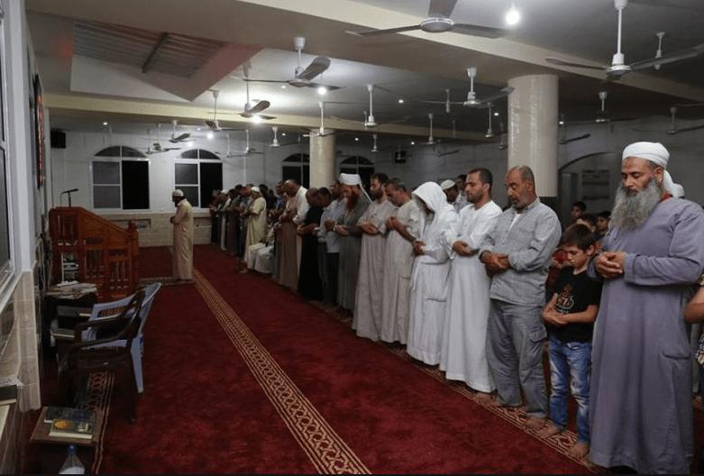 interior Masjid Daarut Tauhiid Indonesia di Gaza Palestina