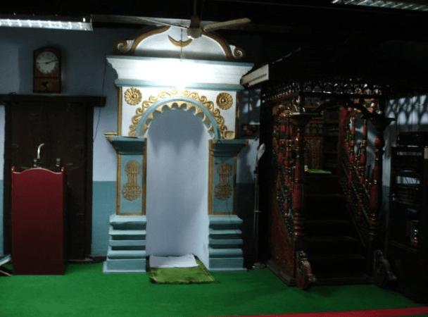 interior Masjid Jami' Cheraman