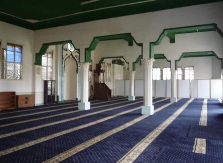 interior Masjid Kibuli