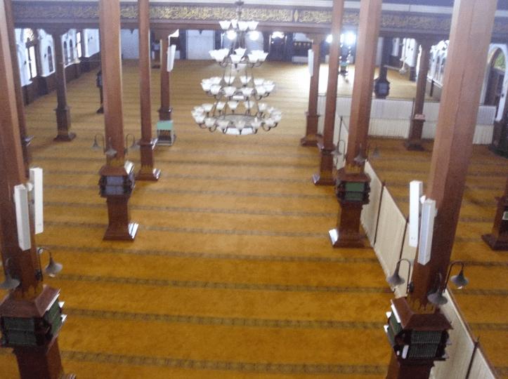 interior masjid agung jami