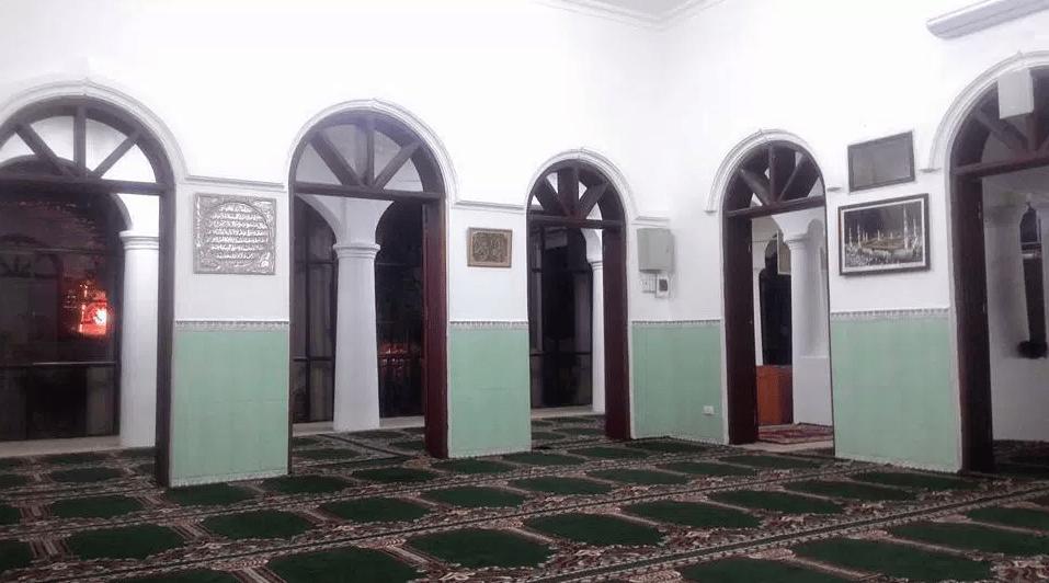 interior masjid al noor