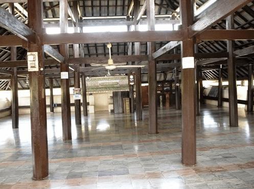 interior masjid indrapuri