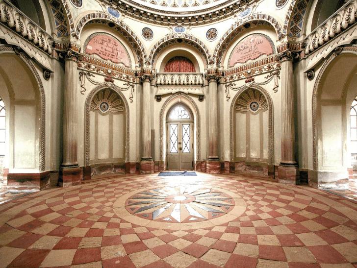 interior masjid istana