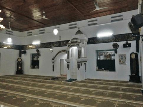 interior masjid jami'