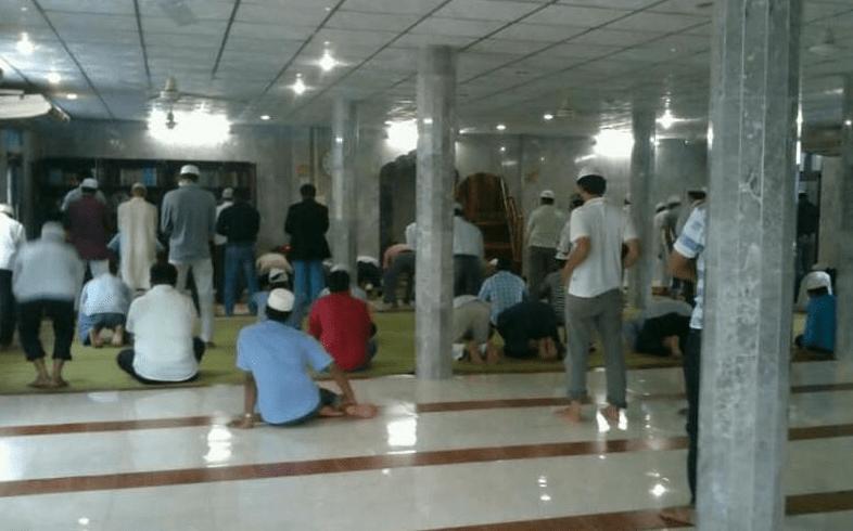 interior masjid jamia