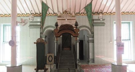 interior masjid lawang kidul