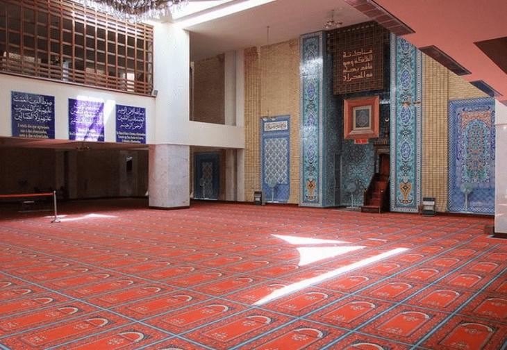 interior masjid lisabon