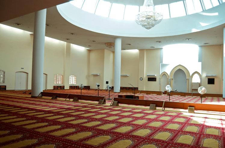 interior masjid raja fahd